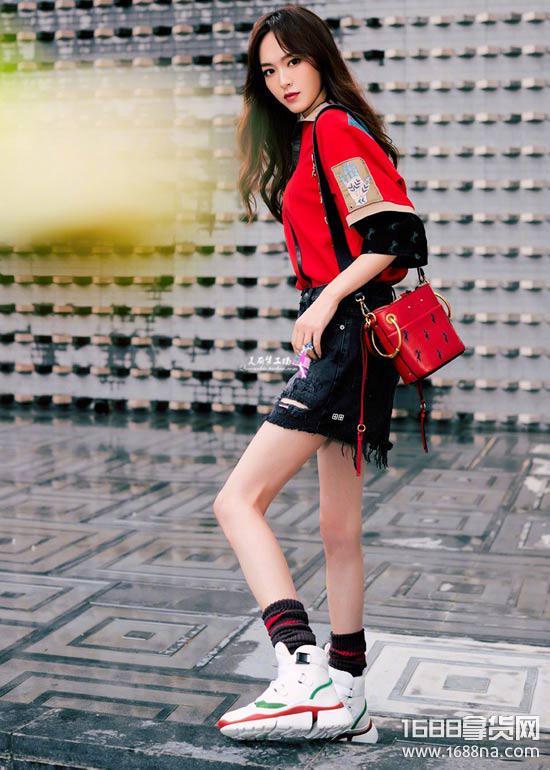 顶级真标品牌运动鞋微商代理、微信高端潮牌运动服一件代发