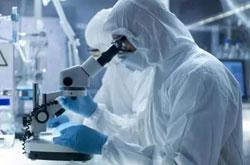 新冠疫苗取得节点性突破 专家:上市至少得明年